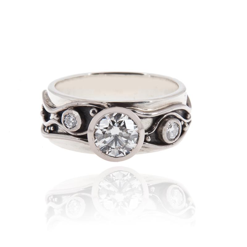 Lauras Ring